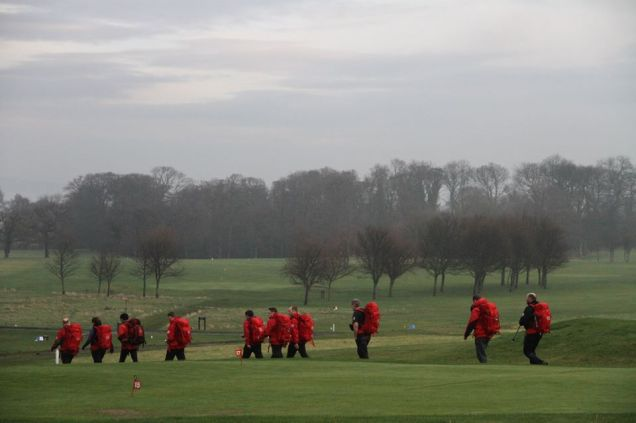 Mountain Rescue teams spanned out across the Silverknowes golf course.